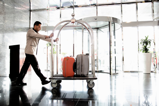 Luggage Porter 3